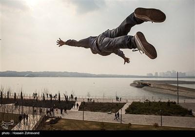 افتتاح تشک پرش آزاد در بام لند دریاچه چیتگر