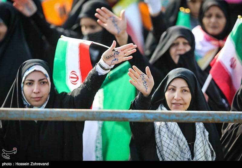 ساری|مازندرانیها در راهپیمایی 22 بهمن حماسهای با شکوه آفریدند