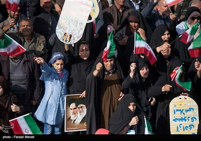 Rallies Held Across Iran to Mark Revolution Victory Anniversary