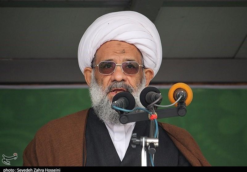 روز ملی استکبارستیزی|عضو مجلس خبرگان رهبری: آمریکا نمیتواند ایران را در مخمصه و فشار قرار دهد