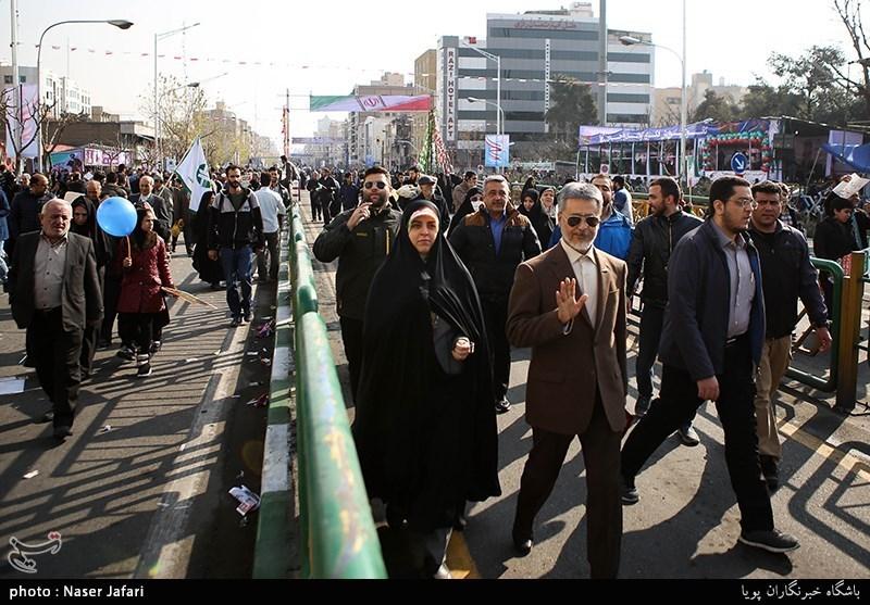 امیر حبیبالله سیاری معاون هماهنگ کننده ارتش در راهپیمایی 22 بهمن - تهران