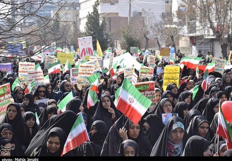کرمان| حماسه حضور چشمگیر مردم کرمان در راهپیمایی 22 بهمن در قاب تصویر