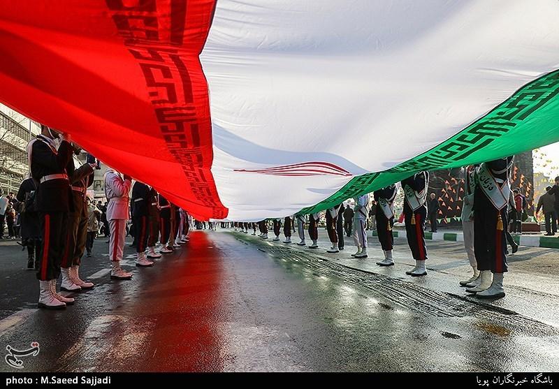 بهمن تماشایی 97 |خروش مردم دیار کویری سمنان در جشن 40 سالگی انقلاب اسلامی آغاز شد