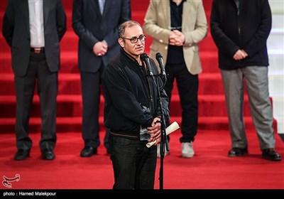 اهداء سیمرغ بلورین بهترین کارگردانی به بهرام توکلی برای فیلم تنگه ابوقریب