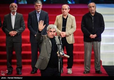 اهداء سیمرغ بلورین بهترین کارگردانی به ابراهیم حاتمیکیا برای فیلم به وقت شام