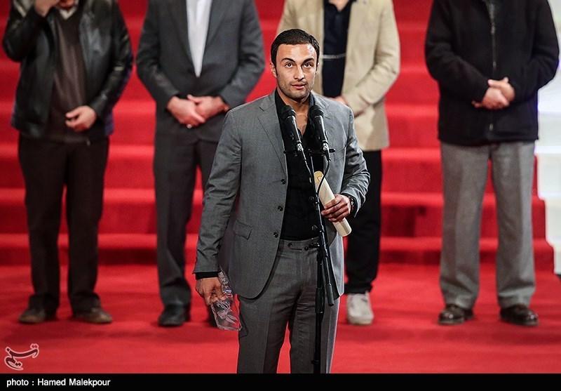 اهداء سیمرغ بلورین بهترین بازیگر نقش اول مرد به امیر جدیدی برای فیلم عرق سرد