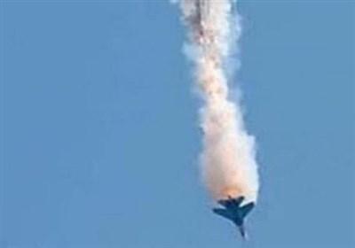 سقوط یک جنگنده ناشناس در حسکه سوریه