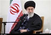 الامام الخامنئی یستقبل حشداً غفیراً من أهالی محافظة آذربیجان الغربیة