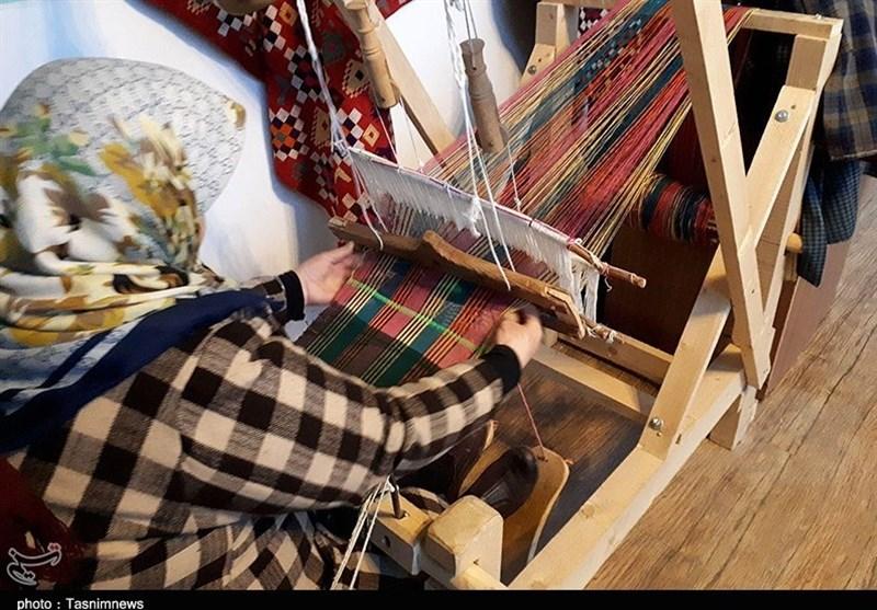 هنر «چادر شببافی» گیلان در مسیر ثبت جهانی قرار گرفت