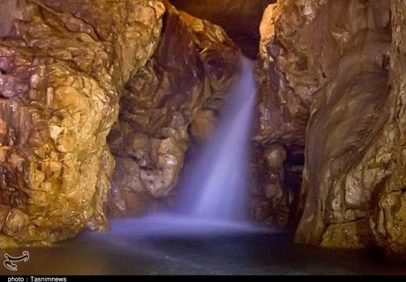 مدیریت غار نخجیر به مجموعه شهرستان دلیجان وگذار شد
