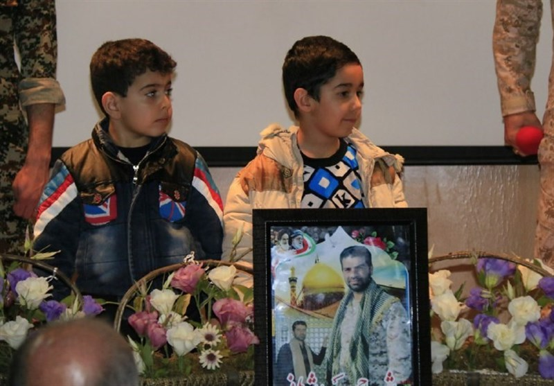 همدان|فرزندان مدافع حرم در دانشگاه آزاد تجلیل شدند