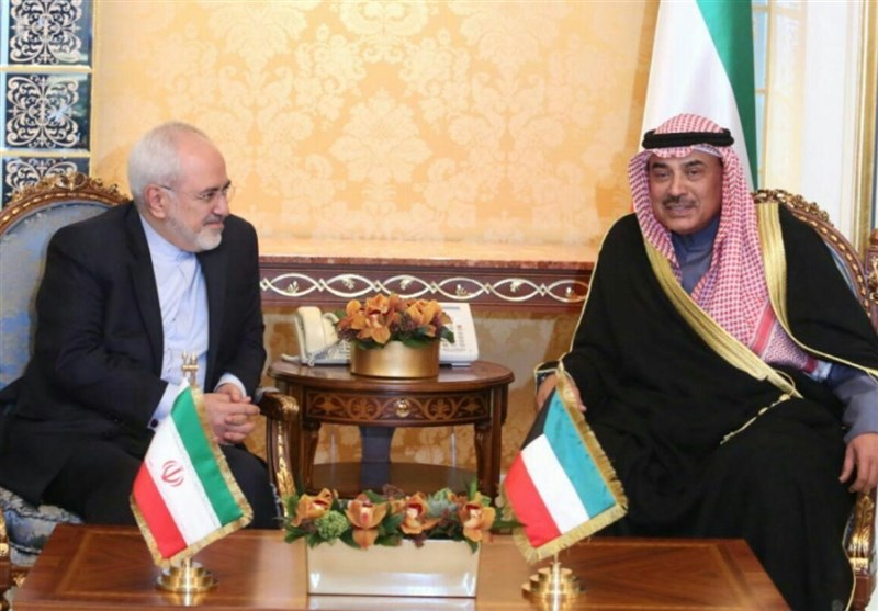 Iran's Zarif Holds Diplomatic Meetings in Kuwait