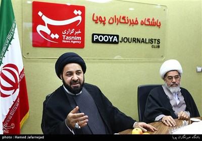 شیخ مرتضی السندی رهبر جریان «الوفاء» بحرین در نشست بررسی انقلاب 14 فوریه بحرین با حضور فعالان بحرینی