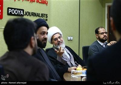 شیخ عبدالله صالح از رهبران جریان عمل اسلامی بحرین در نشست بررسی انقلاب 14 فوریه بحرین با حضور فعالان بحرینی