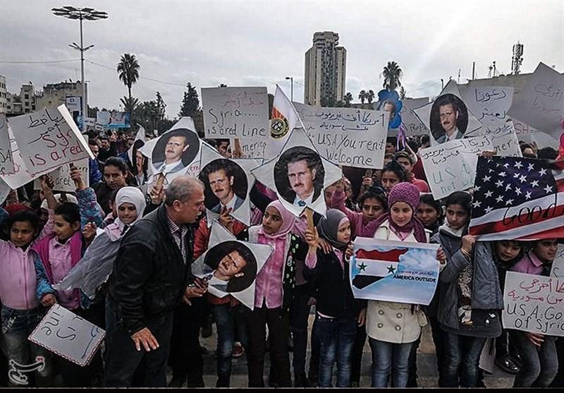 خاص - تسنیم/ أهالی حلب یتظاهرون ضد التدخل الأمریکی فی سوریا +صور