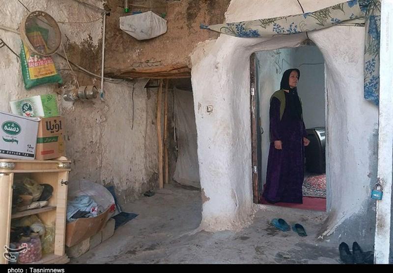 کردستان| روایتی غمناک از زندگی یک خانواده 10 نفره کامیارانی در خانهای کاهگلی+تصاویر