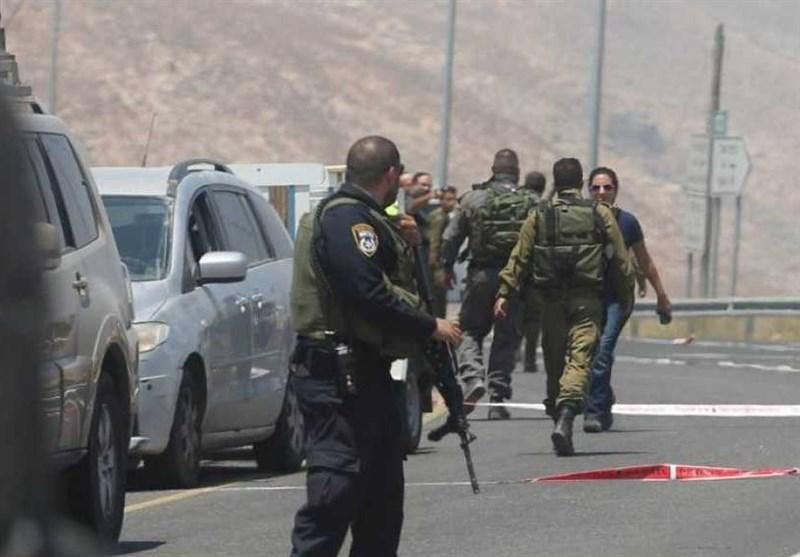 قتیل وجرحى باستهداف قوة صهیونیة بالقرب من السیاج الفاصل مع غزة