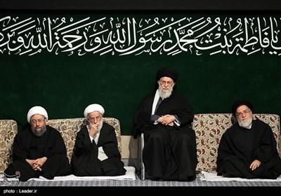 اولین شب عزاداری ایام فاطمیه با حضور مقام معظم رهبری در حسینیه امام خمینی