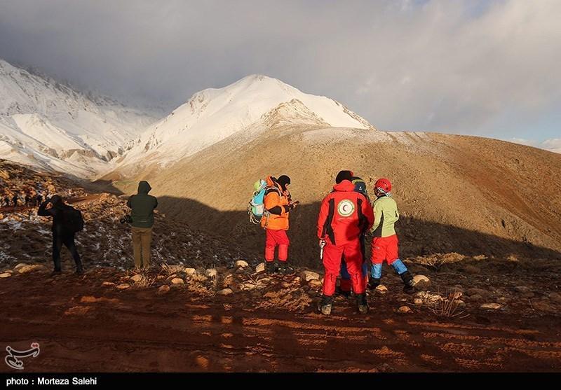 Iran Mounts Search after Plane Crash