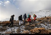 یک متر برف در انتظار لاشه هواپیمای سقوط شده تهران - یاسوج