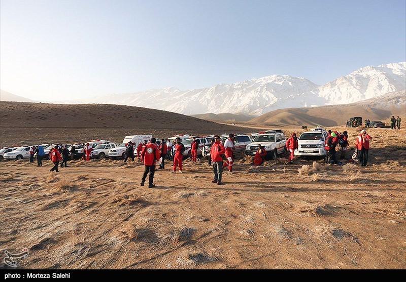 اصفهان| هواپیما به قله برخورد کرده و متلاشی شده است/ اجساد به یاسوج و پزشک قانونی شیراز منتقل میشوند