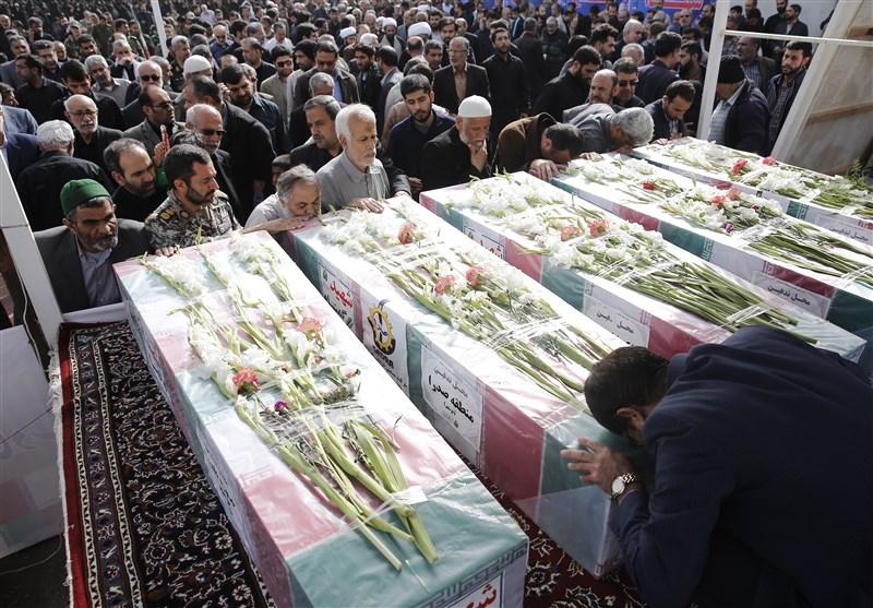 بوشهر| پیکر مطهر 5 شهید گمنام بر روی دستان مردم تشییع شد+تصاویر