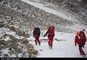 شهرکرد| 5 تیم کوهستان هلال احمر به منطقه سقوط جت اعزام شدند