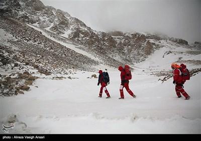 Rescue Operation Underway at Iran Plane Crash Zone