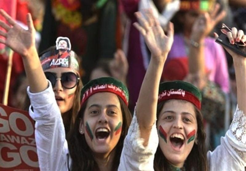 نواز شریف کیخلاف عدالتی فیصلے پر تحریک انصاف کا جشن منانے کا اعلان