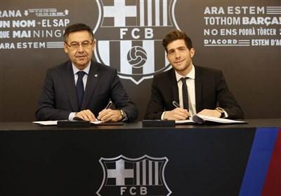 سرخی روبرتو قراردادش با بارسلونا را تمدید کرد