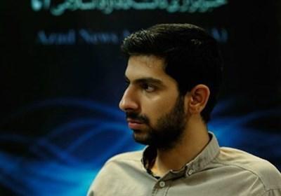 انتقاد فعال دانشجویی از وجود نرده های جداکننده مسئولان و مردم در نماز جمعه تهران