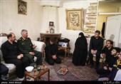 دیدار سردار علی فضلی با خانواده شهید حدادیان