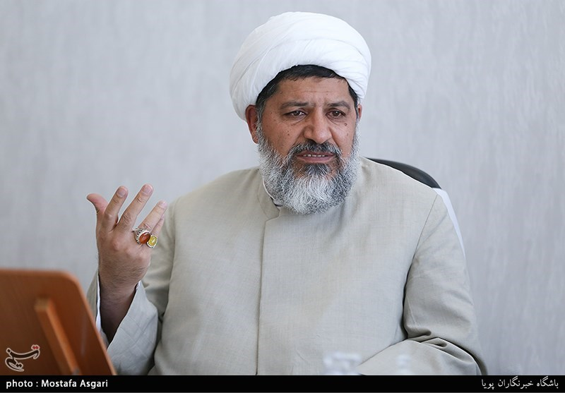 یادداشت|خطوط برجستهی مکتب امام خمینی (ره) در نگاه امام خامنهای