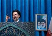 خطیب جمعة طهران: الاستقلال السیاسی فی ایران الیوم ثروة کبیرة