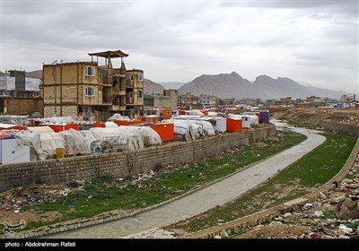 Iran's Quake-Hit Areas Still Grappling with Problems 100 Days after Quake