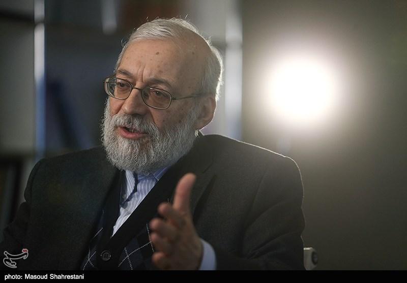 لاریجانی: روحانی غل و زنجیر 8 ساله برجام بر دست و پای دانشمندان مملکت را باز کند