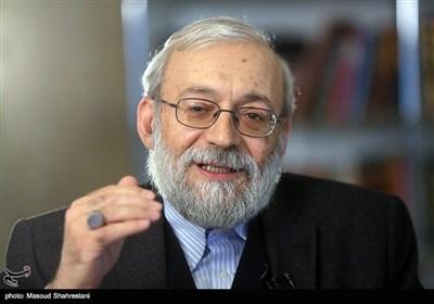 گفتگوی اختصاصی با لاریجانی: وزرا برای اظهارنظر بیشتر از رئیسجمهور میترسند/ روحانی رفتارهای احمدینژادی میکند+ فیلم