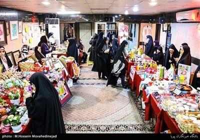 بہار کی آمد پر ایرانی خواتین کی دستکاری فیسٹیول