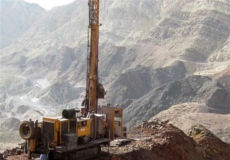معاون وزیر صنعت: 300 هزار کیلومتر مربع برنامه اکتشاف معدنی جدید داریم