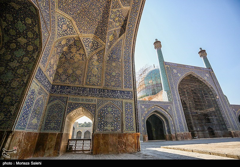 Masjed-e Jame: The Grand, Congregational Mosque of Isfahan City