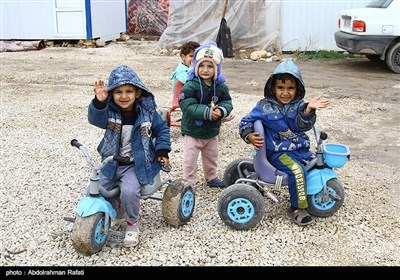 دنیای کودکان زلزله زده