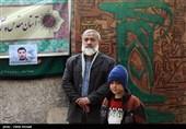 دیدار سردار نقدی با مزار برادر شهیدش بعداز 34 سال+تصاویر