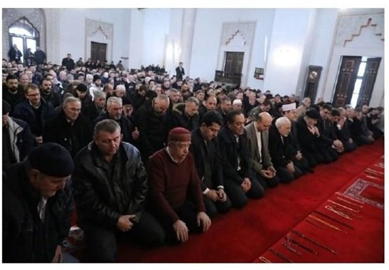 حضور ظریف در نماز جمعه سارایوو+عکس