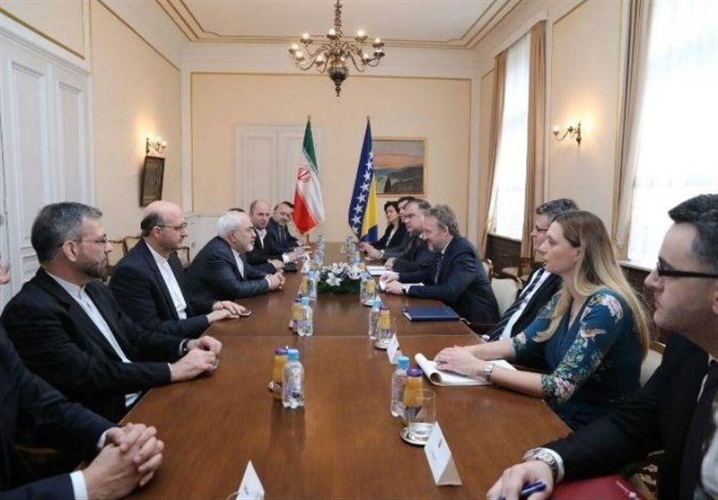 Iranian, Bosnian Officials Discuss Ties, World Developments