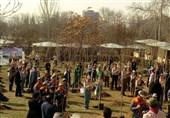 بطحایی و دانشآموزان درخت کاشتند