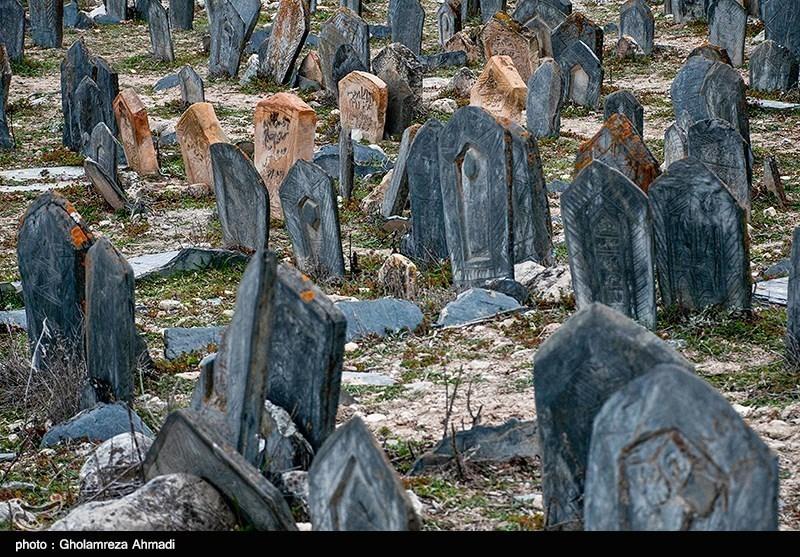 چرا گورستانهای تاریخی کتابخانههای سنگی هستند/قبرستانی در تهران که بیمارستان شد+تصاویر