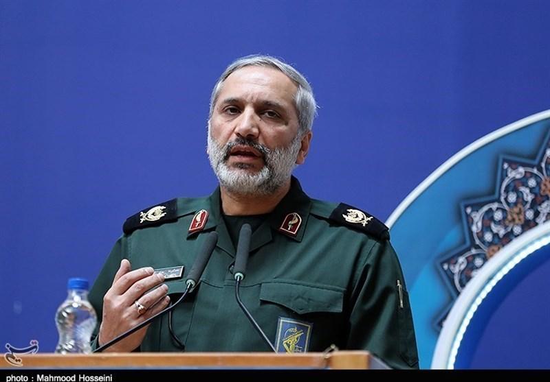 سردار یزدی در کانون وکلای مرکز مورد تجلیل قرار گرفت