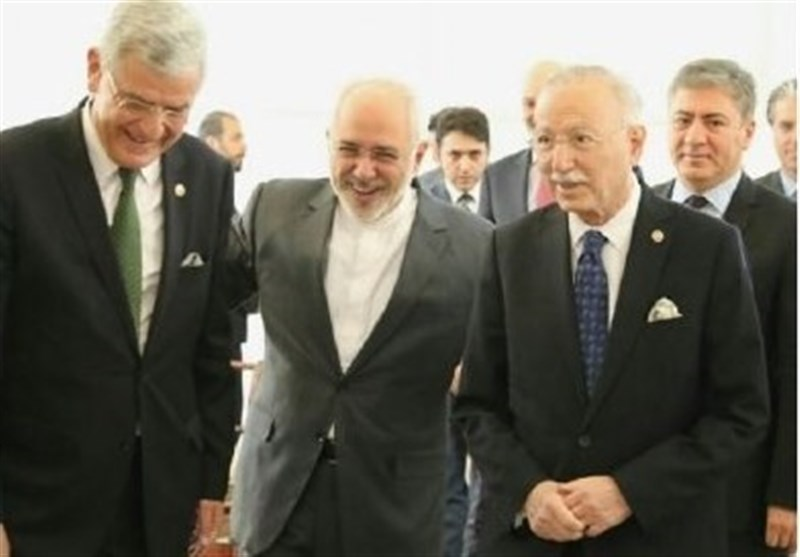 Zarif, Turkish MP Meet in Tehran