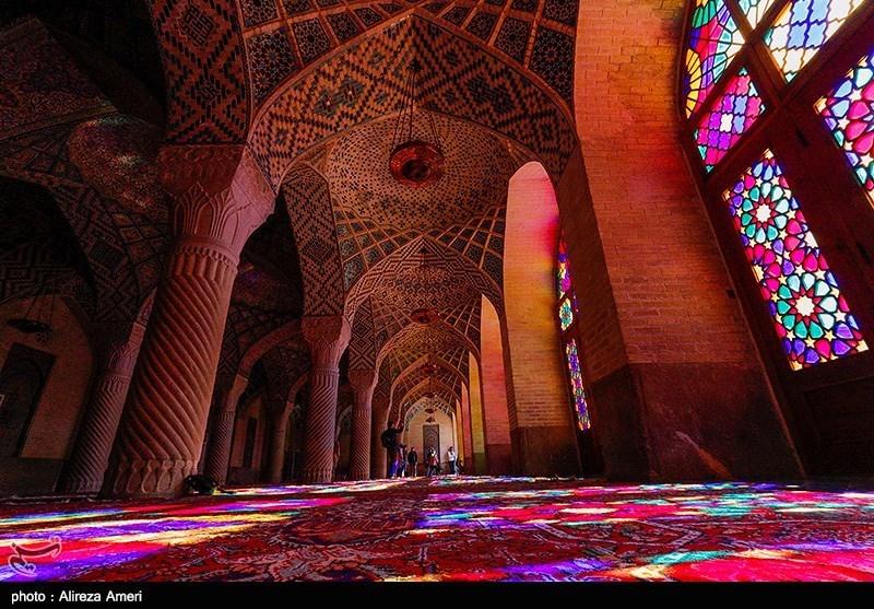 The Nasir Al-Mulk Mosque: A Traditional Mosque in Shiraz