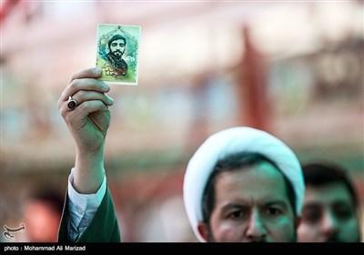 تجمع طلاب در اعتراض به سفر وزیر امور خارجه فرانسه به ایران در گلزار شهدای مدافع حرم-قم